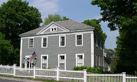 Eddington House Inn - Bennington Vermont accommodations